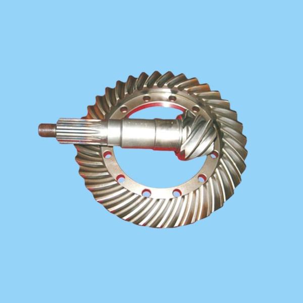 浅谈螺旋伞齿轮齿面展成及加工精度控制分析